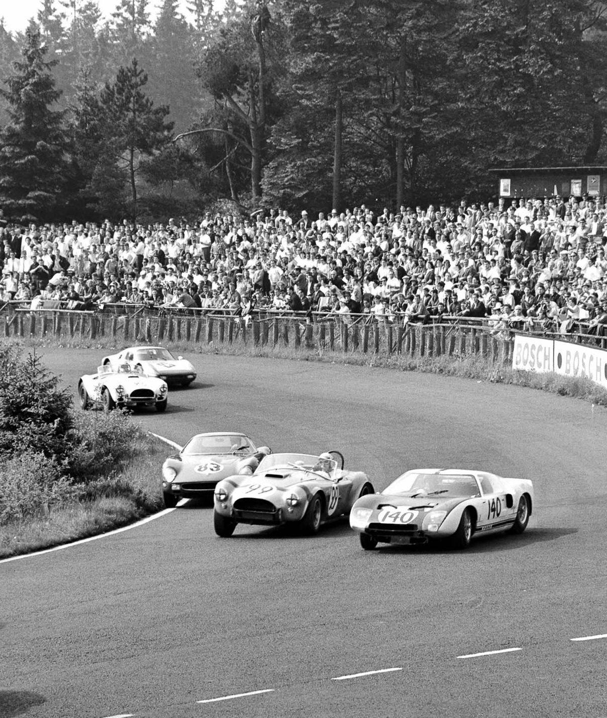 Ford GT beim 1000km Rennen Nürburgring 1964
