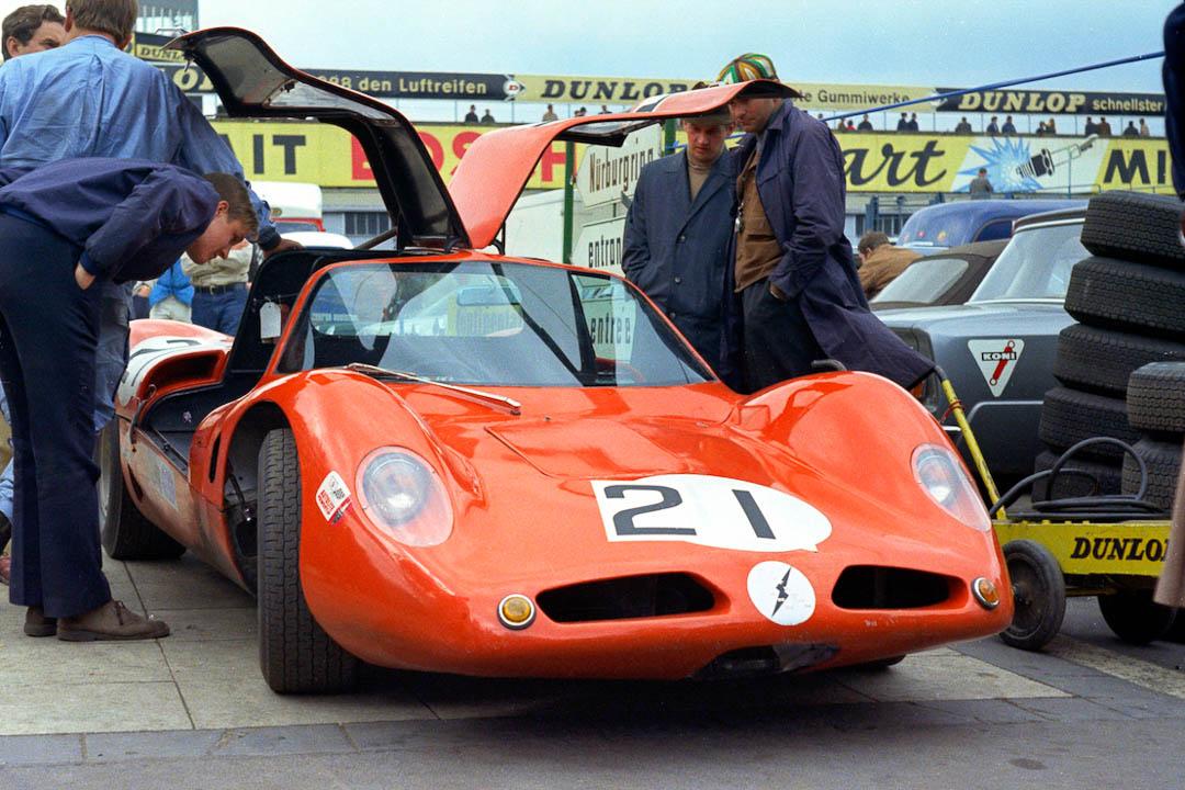 Der Willment-BRM, einer der vielen englischen Prototypen aus den kleineren Klassen im Fahrerlager (Archiv Förster)
