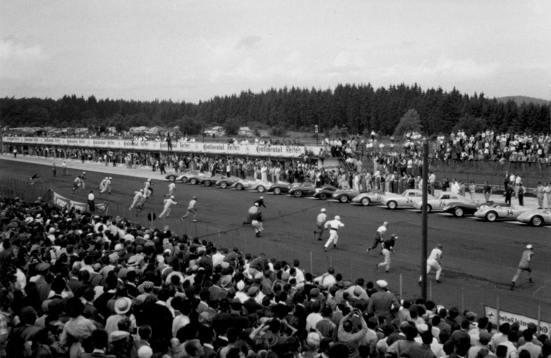 Start zum 1000 Kilometer Rennen 1959 (Archiv Luck)